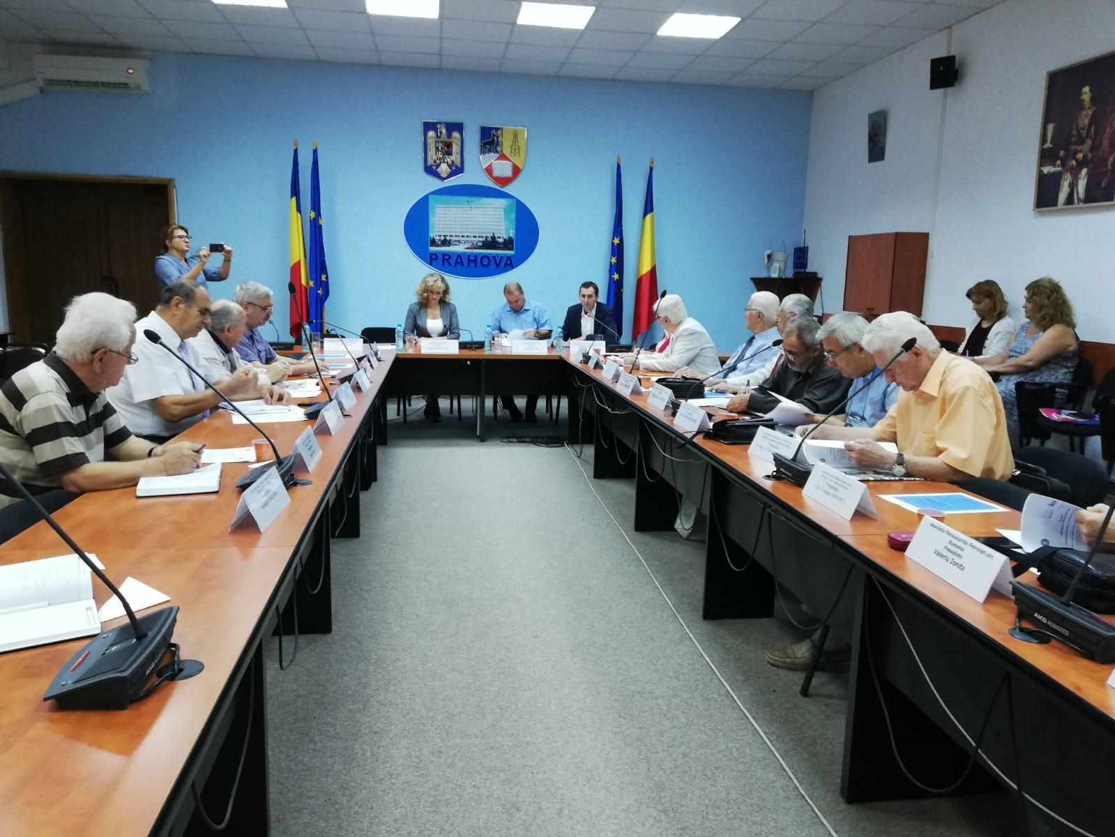 Dezbatere pe tema proiectului noii legi a pensiilor în Comitetul de dialog civic