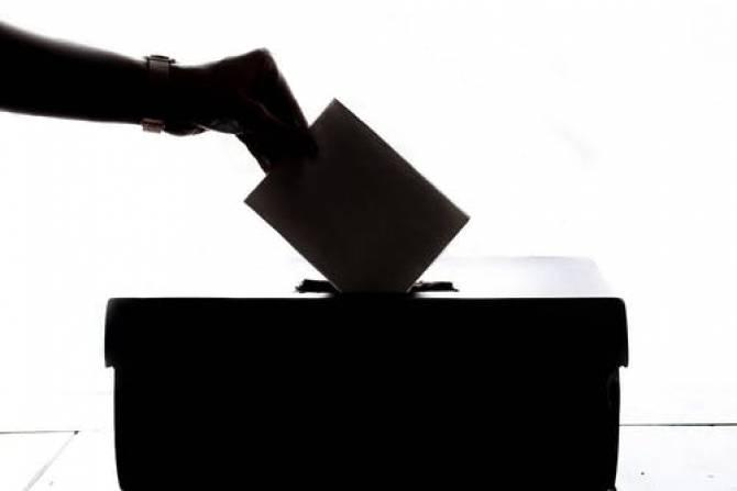 AEP recrutează experți electorali și operatori de calculator în secțiile de votare